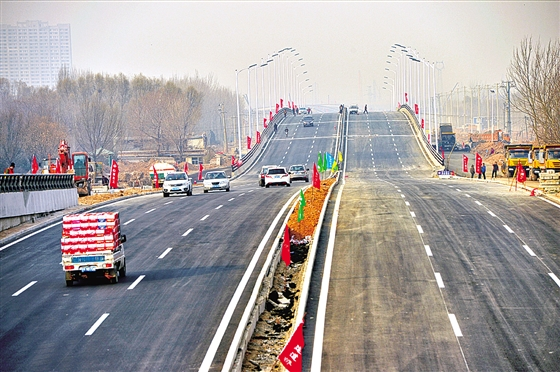 晋中东、南外环快速化道路具备